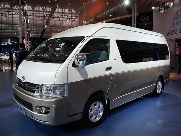 北京租车~14座--18座丰田海格大海狮(八达岭-十三陵)